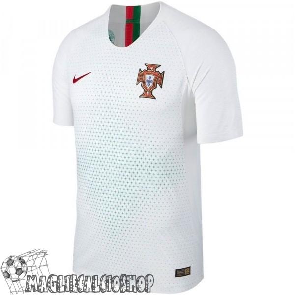 f335a48cb80569 Maglie Calcio Poco Prezzo Nike Thailandia Away Maglia Portogallo 2018 Bianco